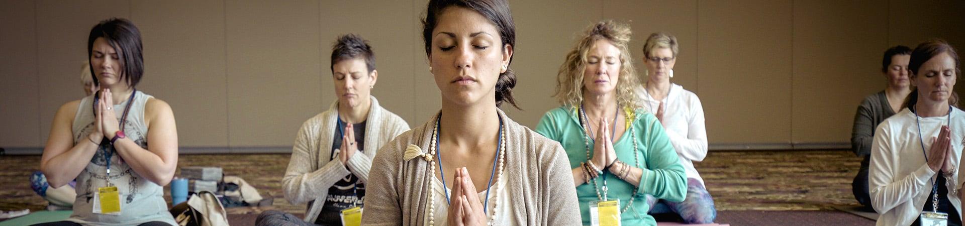 people-meditating